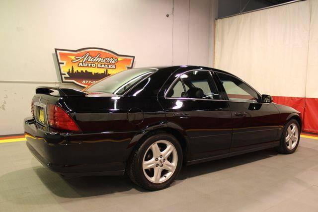 2000-V8-Black-IL.jpg