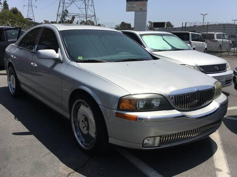2001-V8-90k-CA.jpg