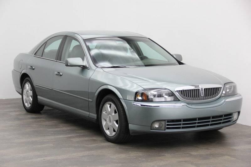 2004-LightTundra-V6-FL.jpg