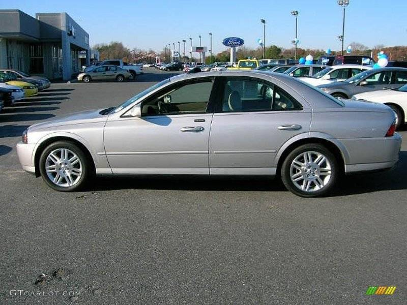 2004-Silver-V8-STOCK.jpg