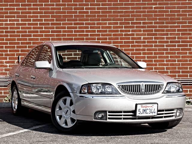2004 V6 Burbank.jpg