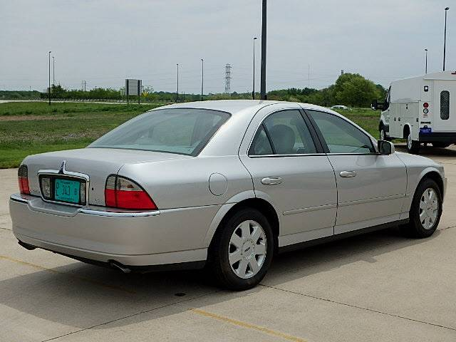 2004_lincoln_ls-pic-580591126804365223-V6-IL.jpeg