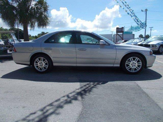 2005-Silver-V8-FL.jpg
