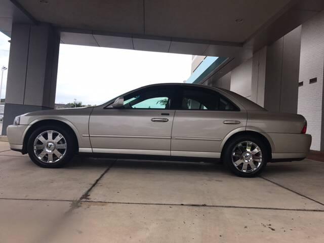 2005-Silver-V8-VA.jpg