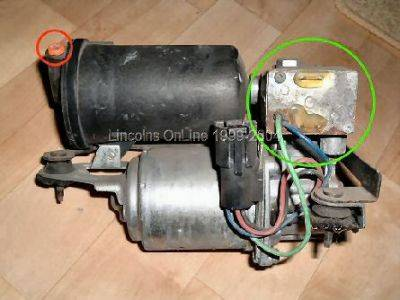 T3077912 Power mirrors driver power seat furthermore Wiring Diagram 2002 Lincoln Town Car Air Suspension as well 94 Probe Fuse Diagram likewise Electrical Wiring Diagram 99 Chevy Astro together with Nissan Altima Starter Location On Jaguar S Type. on 2000 lincoln town car radio wiring diagram