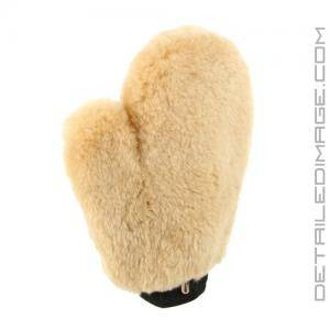 DI-Accessories-Sheepskin-Wash-Mitt-with-thumb_120_1_m_2573.jpg